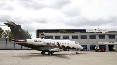 London - A Flexjet Embraer Legacy 500, the fastest midsized private jet in the world, landed today a ...