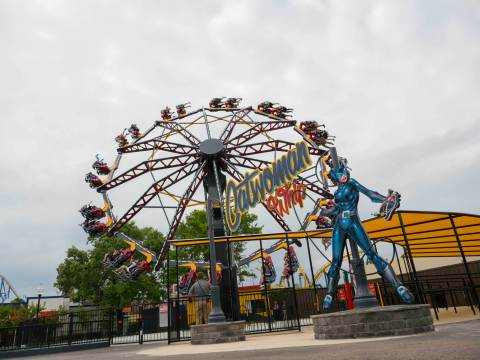 On CATWOMAN Whip, 48 riders, sitting in rows of two, will spin and tilt in a circular motion, building up speed as the ride whips around, mimicking its namesake. (Photo: Business Wire)