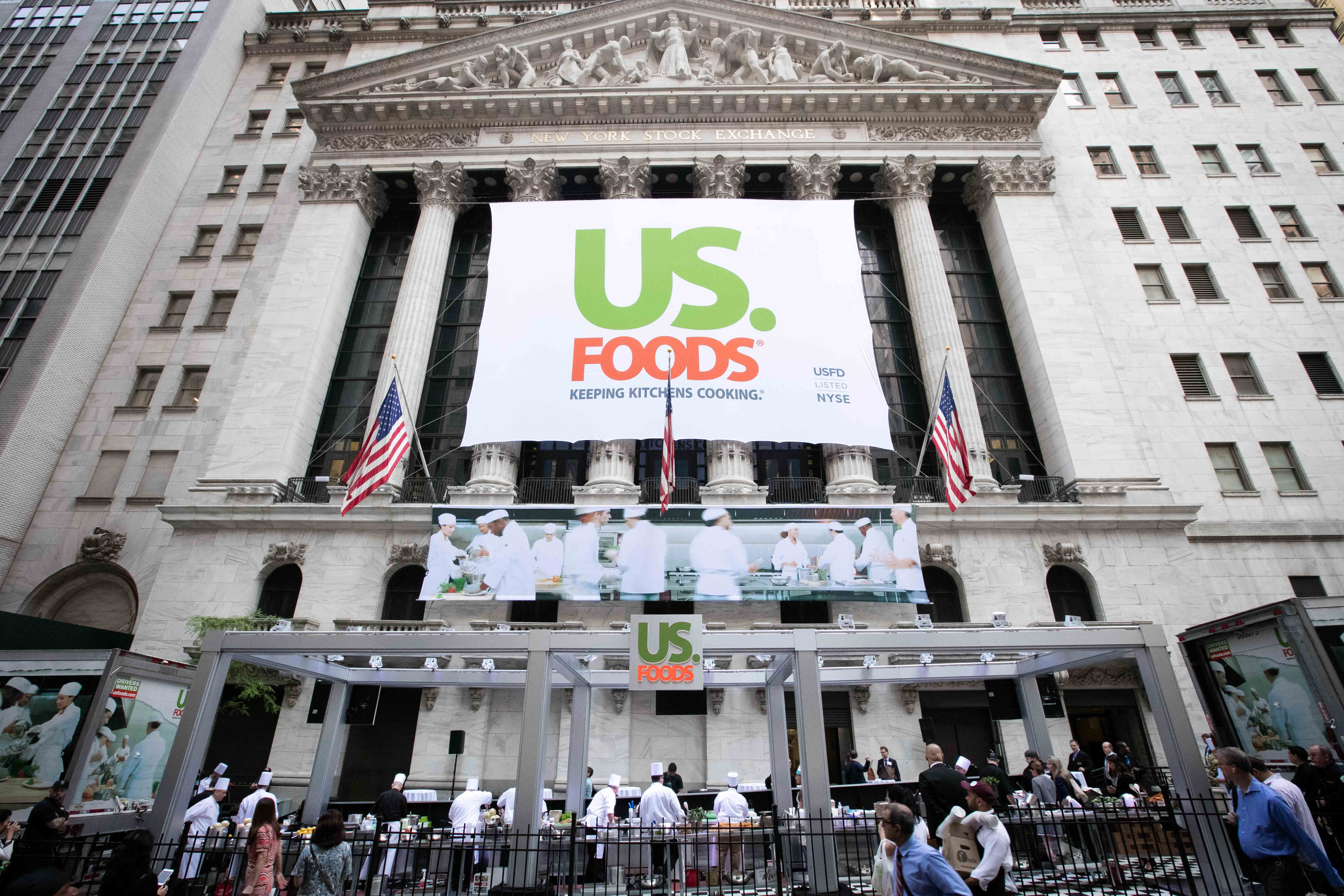 US Foods Holding Corp  Lists IPO on the New York Stock