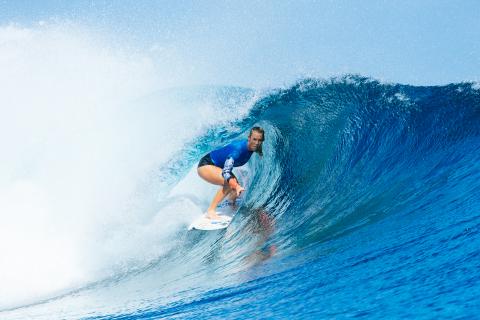 Bethany Hamilton Wows at Fiji Women's Pro (Image: WSL / Sloane)