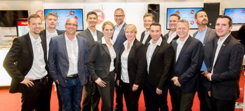 Die zwölf Fachexperten aus dem gesamten Bereich Delticom B2B führten mehrere Hundert interessante und konstruktive Gespräche mit internationalen Kunden sowie Medien (Foto: Business Wire)