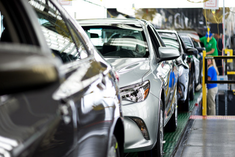 Team members put the final touches on cars coming down the final assembly line. As many as 550,000 vehicles are produced annually in Georgetown. (Photo: Business Wire)