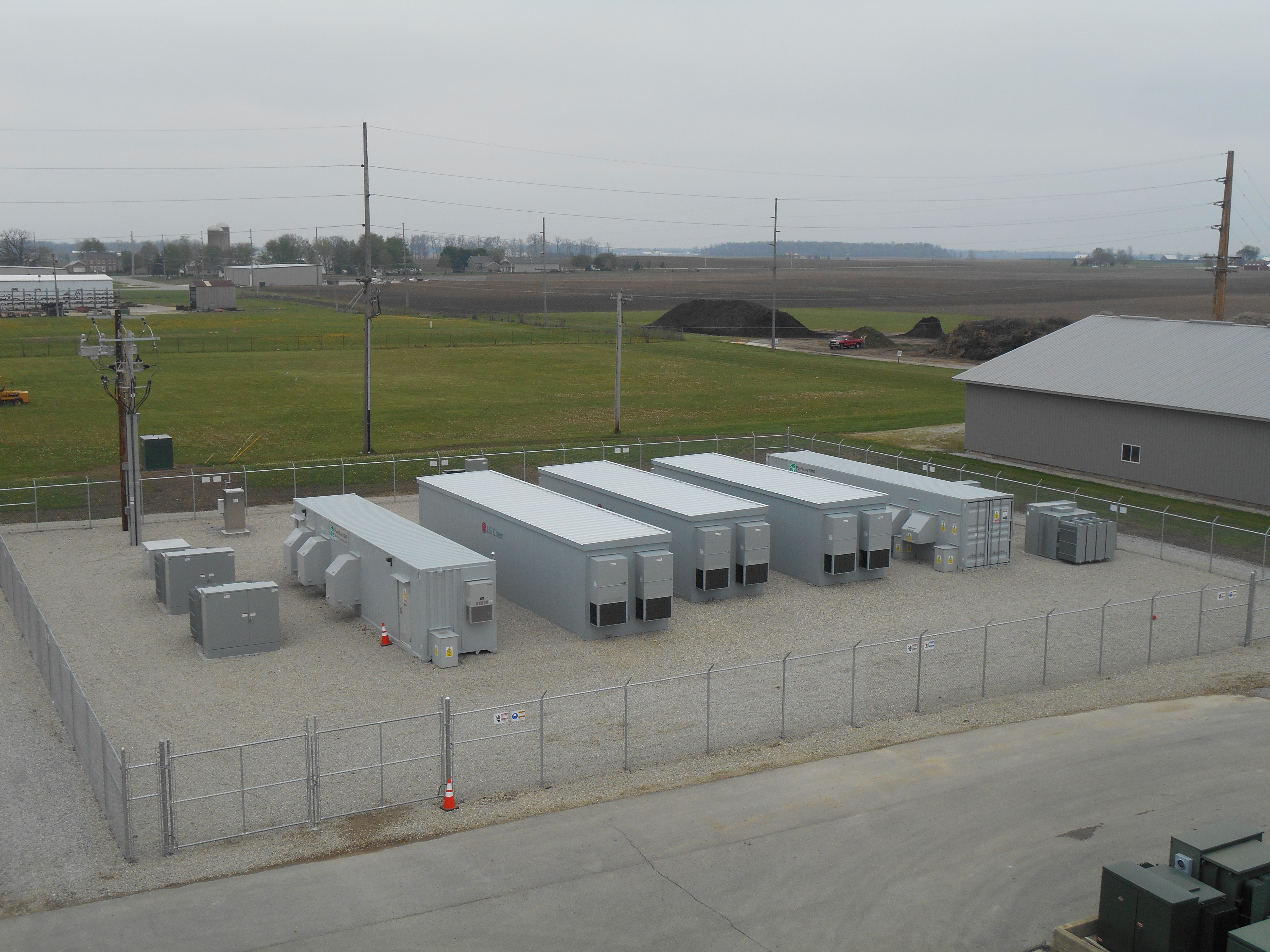Field-proven LG Chem batteries integrated into the S&C energy storage system generate multiple revenue streams for Half Moon Ventures and the Village of Minster, Ohio, while providing the electric grid with increased robustness and reliability. (Photo: Business Wire)