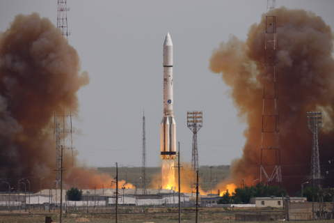 ILS Proton Successfully Launches the Intelsat 31 Satellite from the Baikonur Cosmodrome in Kazakhsta ...