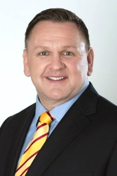 Charles Brewer succeeds as the new CEO of DHL eCommerce. (Photo: Business Wire)