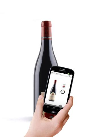 Tap of Geantet-Pansiot smart wine bottle, connected with Selinko digital authentication solution