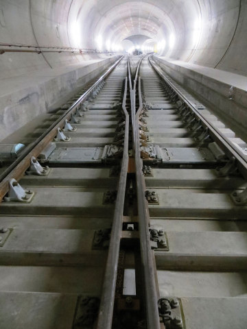 The specially developed vibration protection for the Gotthard Base Tunnel ensures not only modern travel comfort but also a high availability of the route.  (Image source: Alptransit Gotthard AG, Getzner Werkstoffe, may be published free of charge)