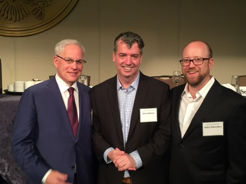 Bob Sullivan wins award from the Consumer Federation of America for Investigative Journalism. (Photo: Business Wire)