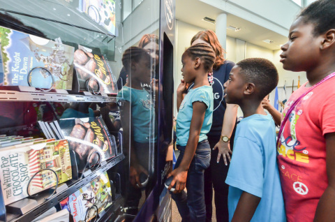 JetBlue's Soar with Reading program launched today with the addition of Detroit to its innovative free book vending machine program. (Photo: Business Wire)