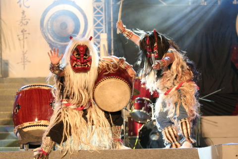 "Enjoying folklore demons as they perform live to the beat of traditional drums ""Namahage drums"" at Oga Hot Springs. (Photo: Business Wire)"