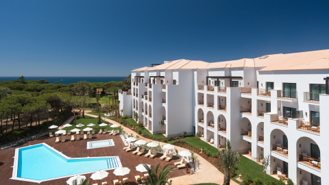 Starwood Hotels & Resorts - Pine Cliffs Ocean Suites, a Luxury Collection Resort Façade (Photo: Business Wire)