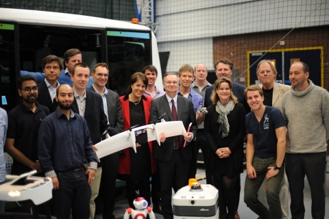 Pierre Nanterme, chairman and CEO of Accenture, visits with RoboValley robotics researchers in Delft, the Netherlands (Photo: Business Wire)