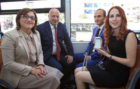 Gaziantep Mayor Fatma Sahin (front left), Turkcell CEO Kaan Terzioglu (back left), Gamze Sofuoglu (f ...