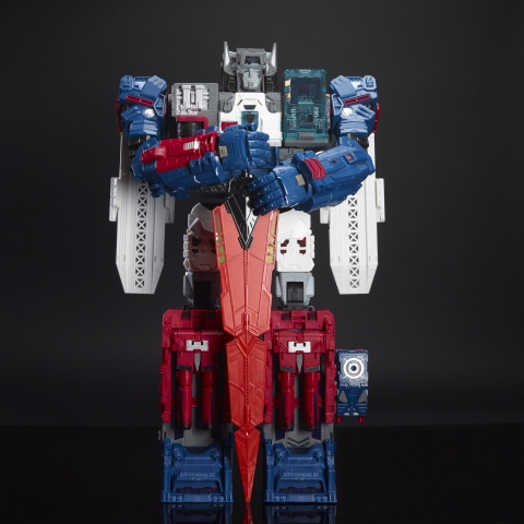 The TRANSFORMERS GENERATIONS TITANS RETURN TITAN CLASS FORTRESS MAXIMUS Convention Edition brings the TRANSFORMERS battle into uncharted territory when the Titans Return. The Convention Edition figure features collectible packaging and comes with a special edition poster, three accessories, and a mighty sword for players to use in playtime battle. (Photo: Business Wire)