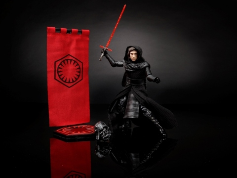 Reveal the power of the dark side with this collectible 6-inch scale Kylo Ren figure without his mask! Fans can relive the First Order commander's most pivotal moments from Star Wars: The Force Awakens with this highly articulated and exceptionally detailed figure which comes with the villain's iconic lightsaber, lightsaber hilt, and helmet. (Photo: Business Wire)