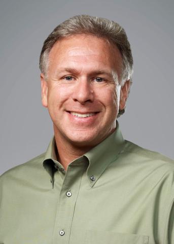 Philip W. Schiller (Photo: Business Wire)