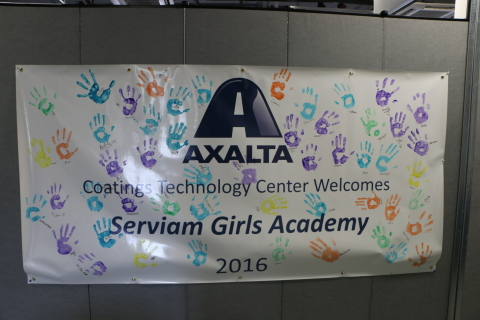 Serviam Girls Academy middle school students commemorate their visit to Axalta's Coatings Technology Center. (Photo: Axalta)