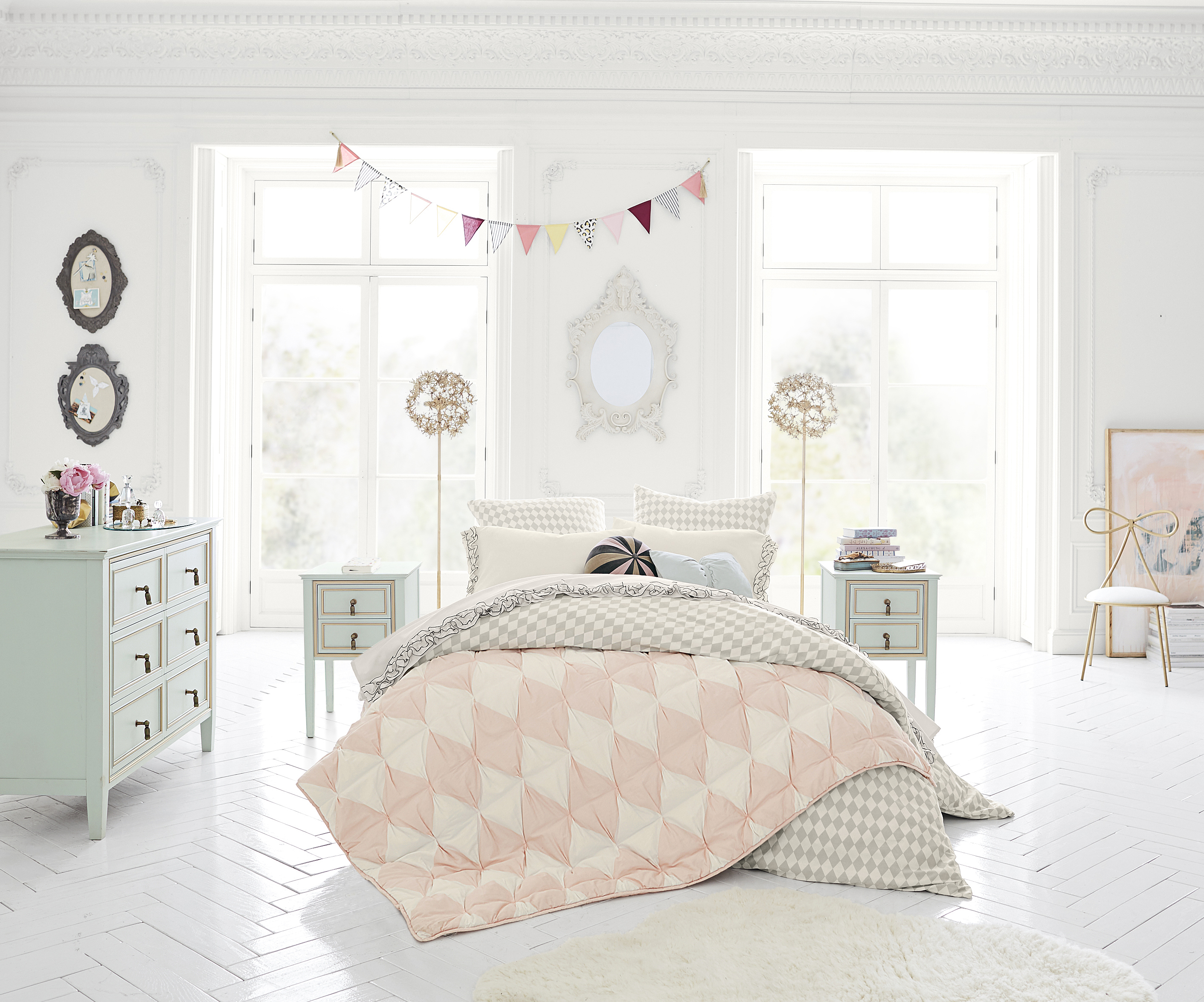 Pottery Barn Bedroom Curtains Pottery Barn Teen Shower Curtain Free Image
