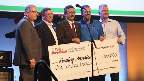 SUPERVALU Presents Feeding America with a check for $100,000 as part of its 2016 National Expo. (Pho ...