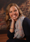 Nutrisystem Awards 2016 Girl Talk National Leader of the Year Scholarship to Natalie Cox. Cox will be attending Indiana University Bloomington in Bloomington, Indiana. (Photo: Business Wire)