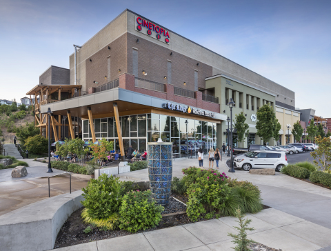 Cinetopia at Progress Ridge TownSquare in Beaverton, Oregon. (Photo: Business Wire)