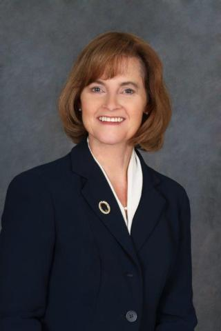 Laura Oberst, new head of Wells Fargo Business Banking Group (Photo: Business Wire)