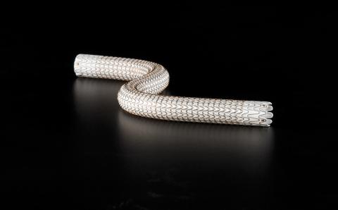 GORE® VIABAHN® Endoprosthesis (Photo: Business Wire)