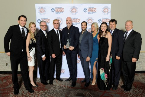 (L-R) Ben Strain (ole, Creative Director), Shellien Kinsey (ole, Creative Admin. Manager), Gilles Godard (ole, VP, Corporate Affairs and Development), John Ozier (ole, VP Creative), Robert Ott (ole, Chairman & CEO), Chris Giansante (ole, VP Administration), Kathryn Keating (ole, Executive Assisitant to CEO Robert Ott), Emily Mueller-Olson (ole, Creative Manager), Mike Harwood (ole, GM, Operations) & Mike Whelan (ole, Sr. Creative Director) (Photo: Business Wire)