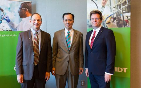 """IDT Biologika is a major contributor to Maryland's leadership in vaccine development,"" said Maryland Department of Commerce Deputy Secretary Benjamin Wu, pictured here (center) with IDT Rockville Site Director Dr. Mike Jenkins (left) and IDT Rockville Site Integration Leader Dr. Thomas Richter (right). - IDT Biologika/Michael Branscom"