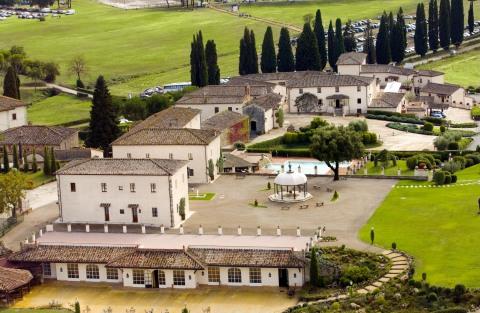 キュリオ・コレクションbyヒルトンに加わるラ・バニャーイア・ゴルフ&スパ・リゾート・シエナは、2つの「集落」に分かれた建物群で構成されています。(写真:ビジネスワイヤ)