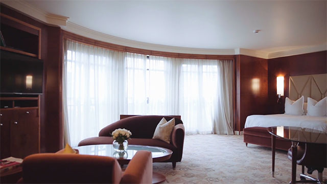 Hyatt Hotels improves user experience with Aviatrix, moving applications closer to the end users.