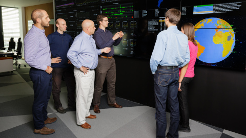 CEO Vince Steckler with Avast Threat Labs analysts (Photo: Business Wire)