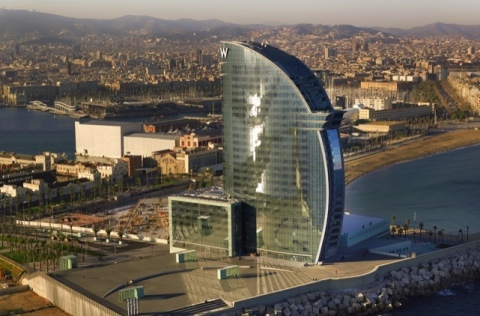 El Hotel W en Barcelona, España (Photo: Business Wire)