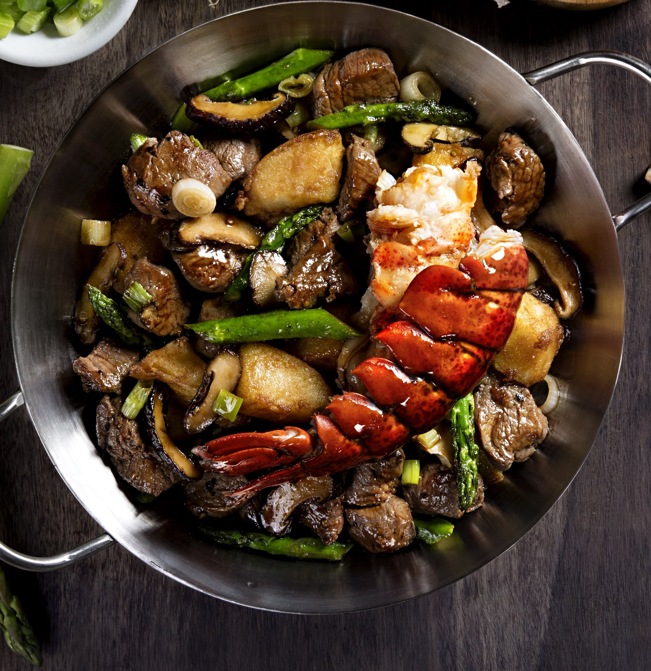 Surf En Turf >> P.F. Chang's Introduces New Fall Menu across U.S. Today | Business Wire