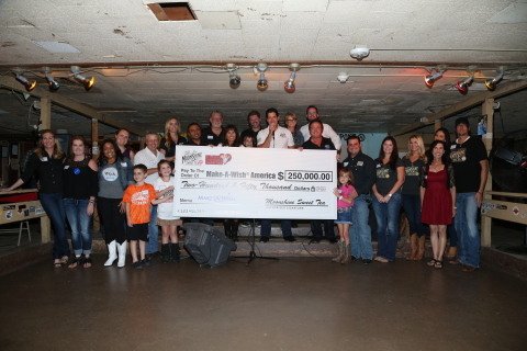 Moonshine Sweet Tea (MST), makers of fresh-brewed Texas sweet tea, kicked off its nationwide sponsorship of Make-A-Wish® at a special launch party with Ray Benson, frontman of Grammy Award Winners Asleep at the Wheel, and inspiring wish kids and their families from the Make-A-Wish Central & South Texas chapter (Photo: Business Wire)