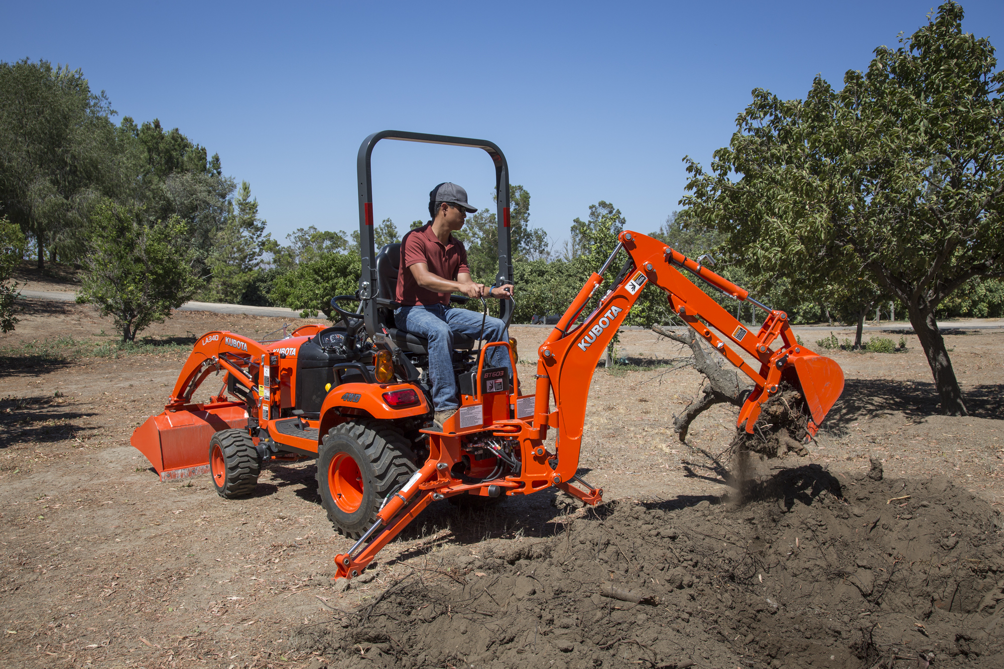 Kubota stv40 hst compact tractor, tractors, agriculture