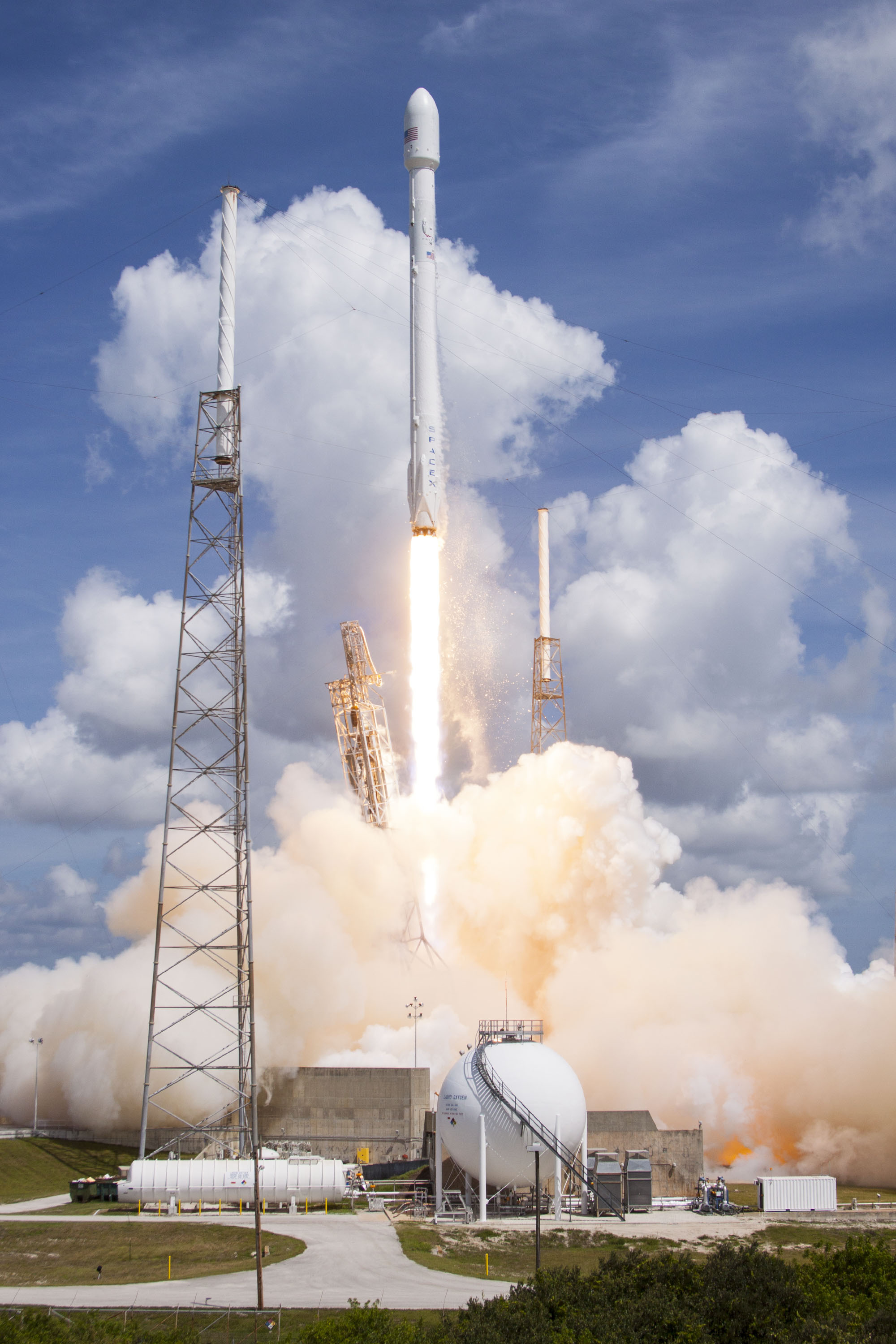 Terra Bella has signed an agreement with Spaceflight for a SpaceX Falcon 9 launch of Terra Bella SkySats. (Photo: Business Wire)