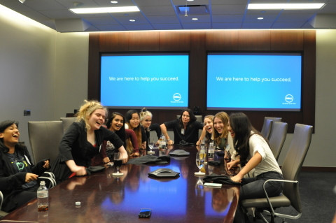 Girls Who Code Having Fun at Dell Campus (Photo: Business Wire)