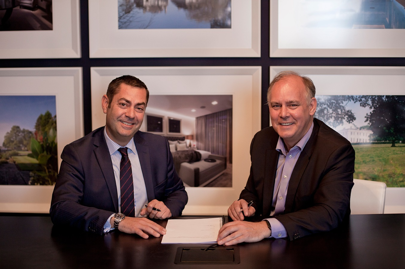 Paul Eccleston, CEO of Nuvias and Jerome Jullien, VP Partners and Alliances, Global Enterprise & Public Sector, Nokia (Photo: Business Wire)