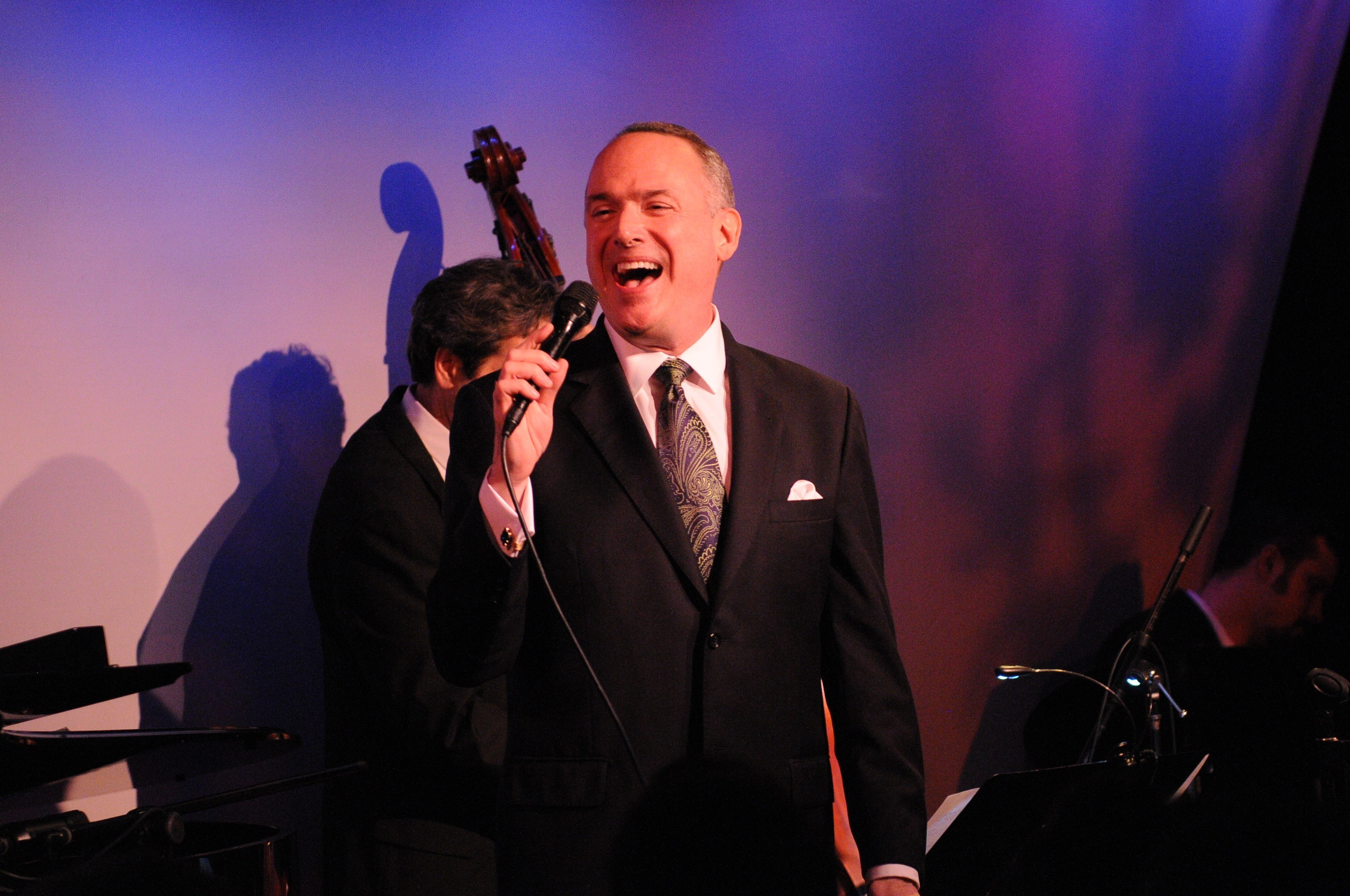 """Texas jazz singer Ken Slavin on stage recently at New York City's famous Metropolitan Room. He will bring his """"turbo-charged"""" show to the Tobin Center for the Performing Arts on Thursday, November 10, 7:30 p.m. It will be a benefit for the San Antonio AIDS Foundation. (Photo: Business Wire)"""