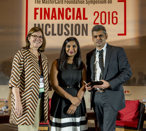 Winner of The MasterCard Foundation Clients at the Centre Prize 2016 is Ahmed Cassim, Managing Director of the Hello Group Financial Services. Presenting the award was the Foundation's Ann Miles, Director of Financial Inclusion and Youth Livelihoods and Sumaiya Sajjad, Program Manager. (Photo: Business Wire)