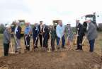 Community leaders and development partners celebrate the start of construction for Riverbend Estates Senior Community, a new 42-unit affordable-housing development in Washington, Mo., that will give seniors access to quality housing and onsite support services. UnitedHealthcare is investing $2.3 million in the new community, part of $34 million the company has invested to help build 21 affordable-housing communities in the state. L to R: Tom Green, Missouri Housing Development Commission; State Rep. Justin Alferman; Washington Councilmember Joe Holtmeier; David Putnam and Scott Brekenkamp, First State Community Bank; Chuck Pierce, MOCAP Development; Washington Mayor Sandy Lucy; Washington Councilmember Steve Sullentrup; Monica Swoboda, Affordable Equity Partners; Kurt Heumann, UnitedHealthcare; and State Sen. Dave Schatz (Photo: Andrea Weber).