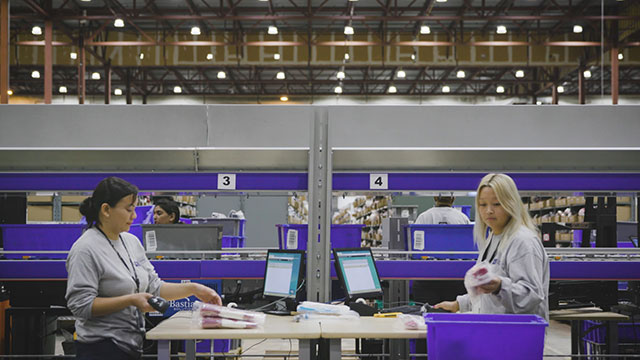 Hudson's Bay Company Unveils First-in-Canada Robotic Fulfillment System at Scarborough Distribution Center