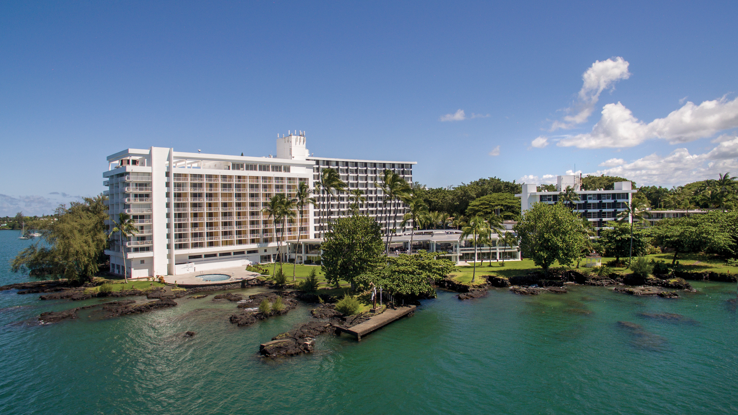 Doubletree By Hilton Opens Historic Oceanfront Hotel On Hilo Bay In Hawaii Business Wire