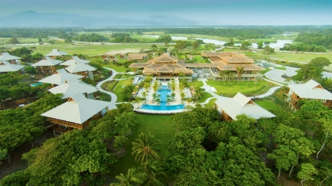 Curio – A Collection by Hilton Debuts Five-Star Beach & Golf Resort in Honduras (Photo: Business Wire)