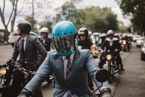 Von MotorradreifenDirekt.de gesponserter Gentleman's Ride eine Erfolgsgeschichte (Photo: Business Wire)
