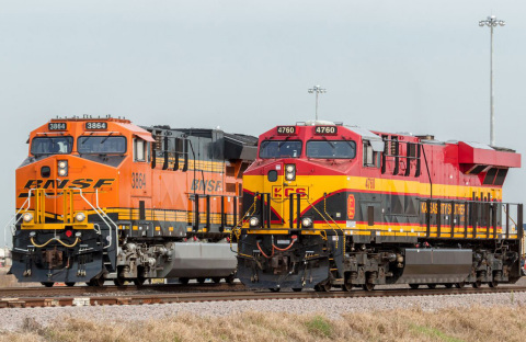 BNSF Railway and Kansas City Southern offer new joint intermodal service connecting the Chicago and Dallas/Fort Worth markets and other major markets on the BNSF network with important consumer and industrial regions on the Kansas City Southern de México network. (Photo: Business Wire)
