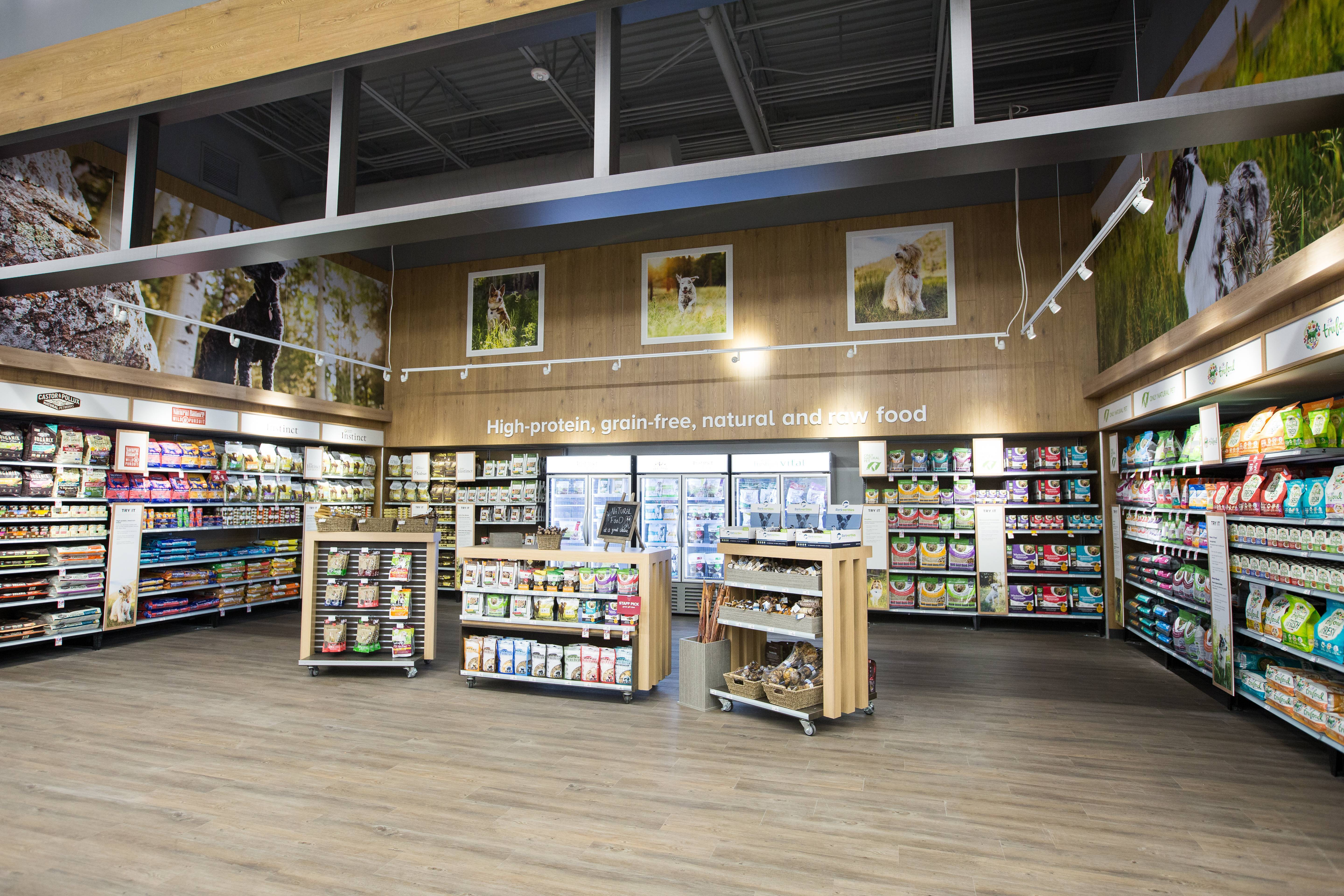 Specialty Pet Food Stores