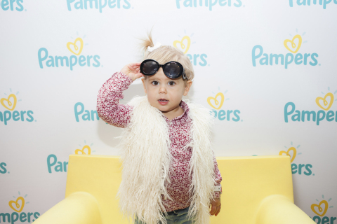On November 17, Pampers hosted an event at the Children's Museum of Manhattan, celebrating all babies, especially those in the NICU, under their Touches of Love campaign. Pampers believes every touch of love matters to the health and development of babies, especially the most vulnerable babies and in honor of World Prematurity Day, invited museum visitors to take pictures in their #touchesoflove photo booth. For every picture shared using #touchesoflove, Pampers made a $1 donation to the March of Dimes*. (Photo: Business Wire) * Pampers will donate up to $5,000, in addition to a contribution of $100,000 in support of the Touches of Love campaign. The March of Dimes does not endorse specific brands or products.