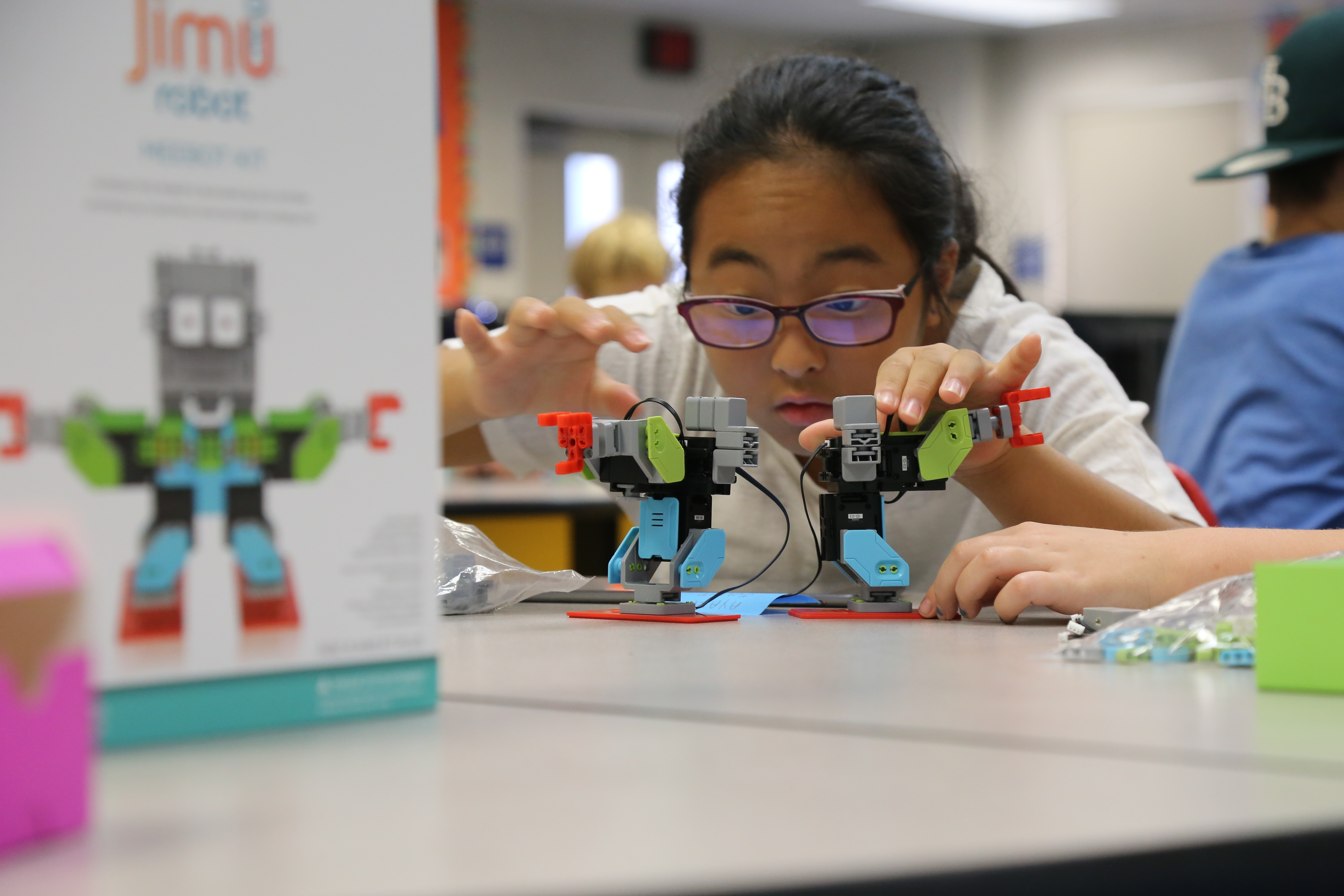 Ubtech Robots Make Stem Learning Fun In The Classroom Business Wire Alpha 1s Humanoid Robot
